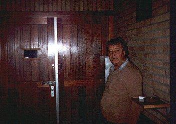 Aan de deur Tinus Kuipers
